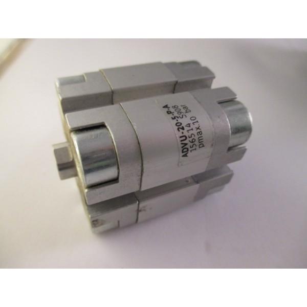Kurzhubzylinder ADVU-20-5-P-A